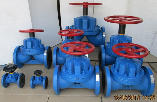 A-Weir-Type-Rubber-Lined-Diaphragm-Valve-Flanged-End